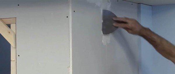 Construyendo un tabique de yeso laminado Pladur: Las juntas y finalización
